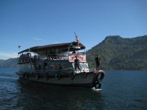 Kapal Ferry dari jarak dekat ...
